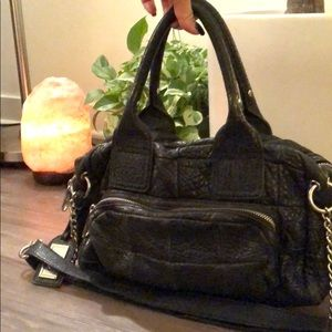 Durable leather purse